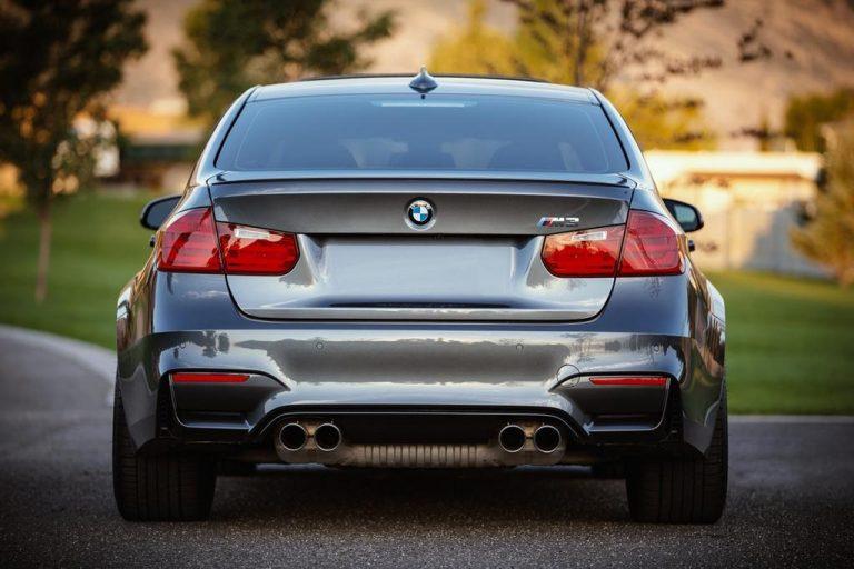 Jak wybrać formę pozyskania samochodu?