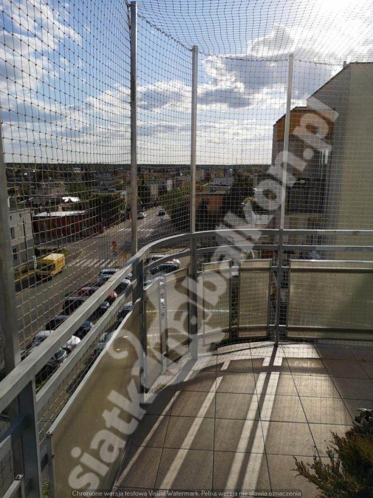 Zabezpiecz swój balkon za pomocą siatki